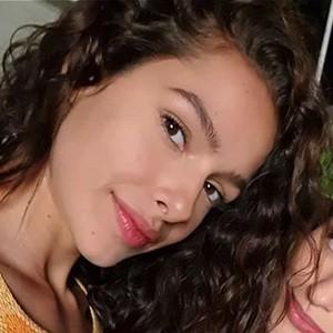 Michelle De Andrade 5 of 5