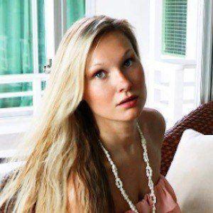 Michelle Gooris 3 of 10
