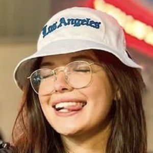 Michelle Mendizábal Headshot 2 of 10