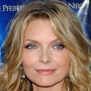 Michelle Pfeiffer 5 of 10