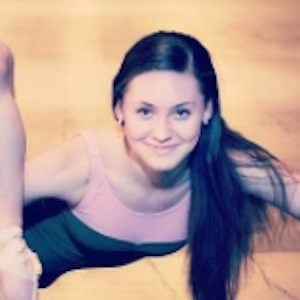 Michelle Quiner 5 of 7