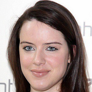 Michelle Ryan 4 of 5