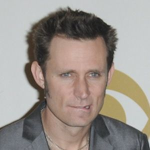 Mike Dirnt 8 of 10