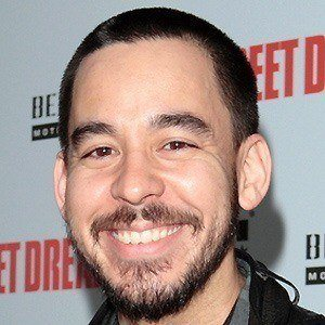 Mike Shinoda 4 of 10