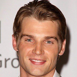 Mike Vogel 3 of 10