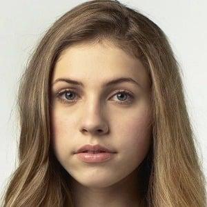 Mila Brener 5 of 6