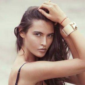 Mila Kaladjurdjevic 8 of 10