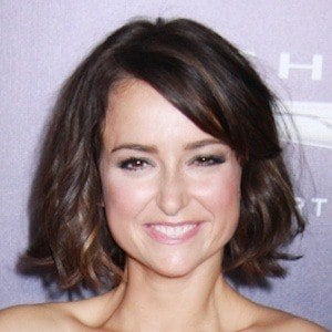 Milana Vayntrub 2 of 2