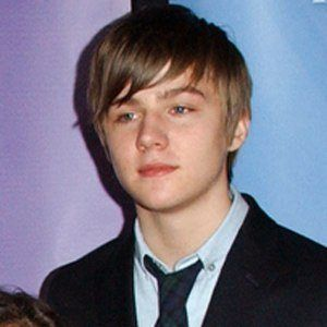 Miles Heizer 5 of 7