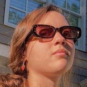 Mimi Kirkland Headshot 8 of 10