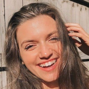 Mimi Drabik 5 of 10
