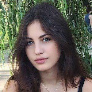 Miriam Dossena 2 of 4