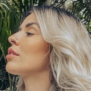 Mirian Silveira 7 of 10