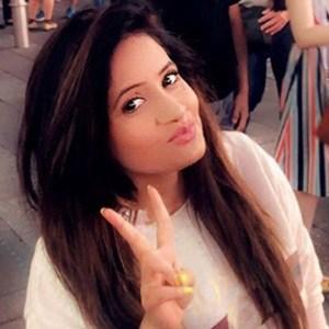 Miss Pooja 4 of 6
