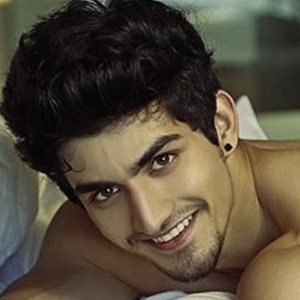 Mohit Bhat 2 of 6