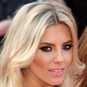 Mollie King 10 of 10