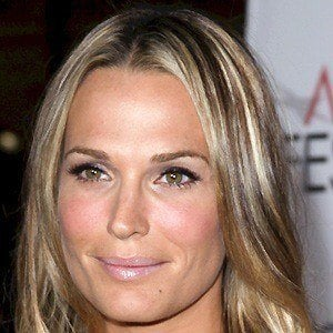 Molly Sims 3 of 10