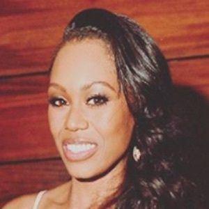 Monique Samuels 8 of 10