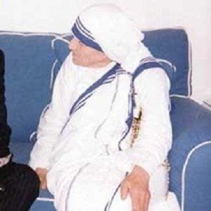 Mother Teresa 2 of 3