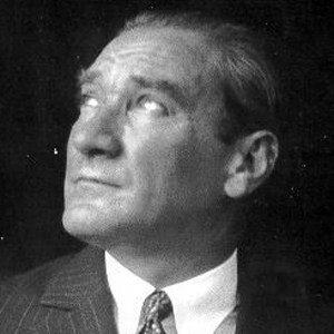 Mustafa Kemal Ataturk 2 of 4