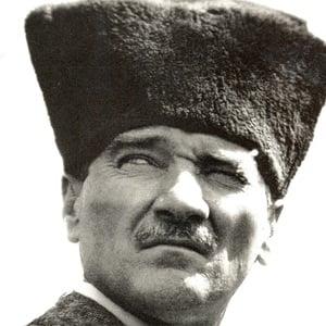 Mustafa Kemal Ataturk 3 of 4