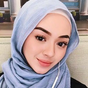 Myra Zainal 2 of 6