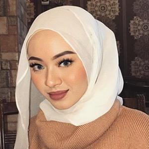 Myra Zainal 6 of 6