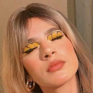 Nadia Zuniga Headshot 9 of 10