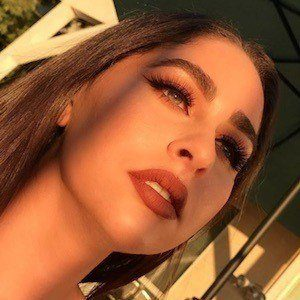 Nadine Elzein 2 of 10