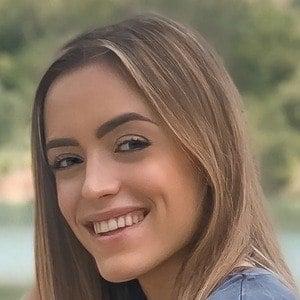 Nadja Stanojevic 2 of 10