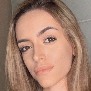 Nadja Stanojevic 5 of 10