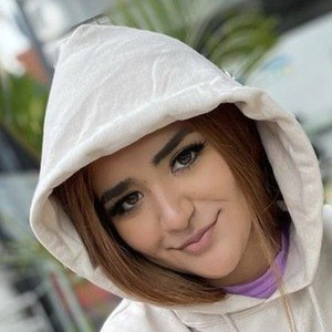 Nailea Michelle Headshot 2 of 10
