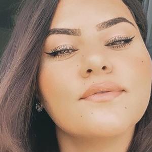 Najla Gün 4 of 4