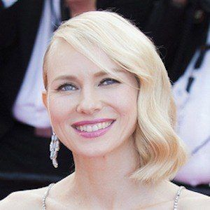 Naomi Watts - Bio, Facts, Family | Famous Birthdays