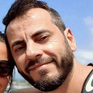 Nardo Escanilla Headshot 6 of 10