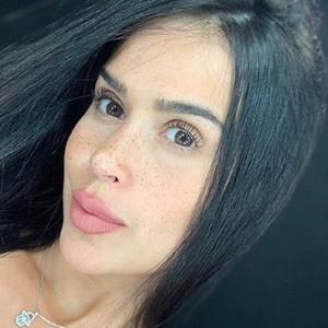 Natali Ortiz 4 of 5