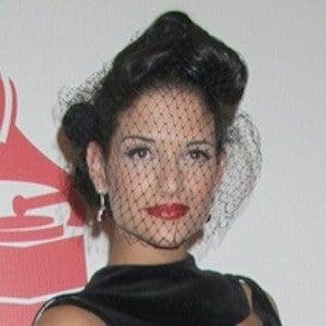Natalia Jiménez 8 of 8