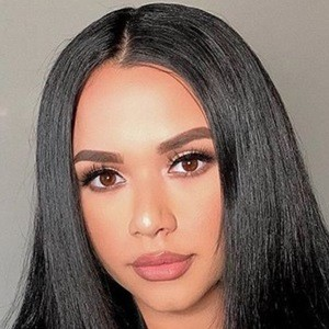 Natalia Lorenzo 5 of 6