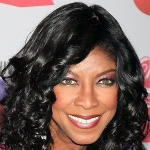Natalie Cole 2 of 10