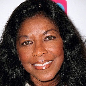 Natalie Cole 5 of 10