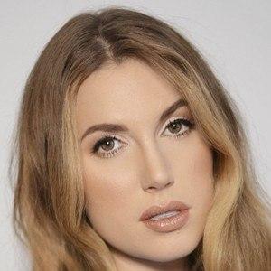 Natalie Friedman 5 of 10