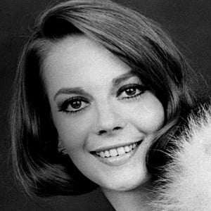 Natalie Wood 4 of 5