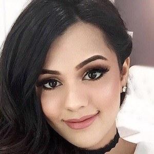 Natasha Afzal 6 of 6