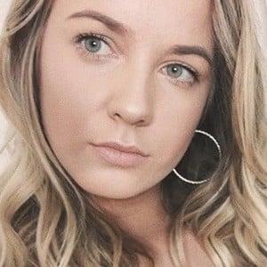 Natasha Mackay 6 of 6