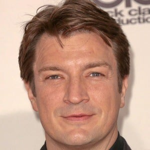 Nathan Fillion 4 of 10
