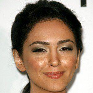 Nazanin Boniadi 2 of 5