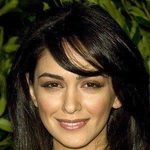 Nazanin Boniadi Headshot 4 of 5