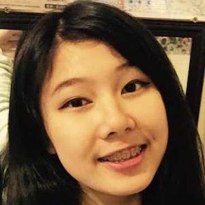 Gigi Huang 3 of 5