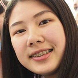 Gigi Huang 6 of 7