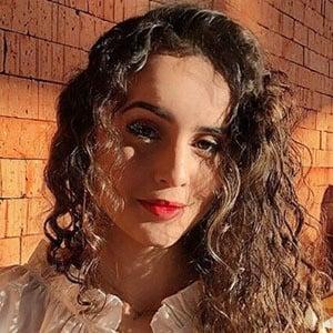 Nerida Barbosa 3 of 5